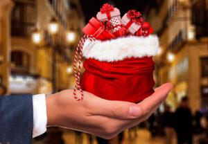 Regalar-artículos-promocionales-en-navidad-RG-regalos