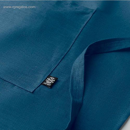 Delantal-cocina-de-cáñamo-azul-detalle-RG-regalos-de-empresa