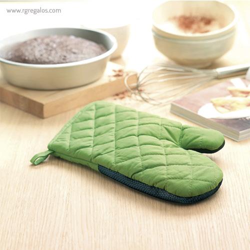 Manopla de cocina algodón y goma verde detalle - RG regalos publicitarios