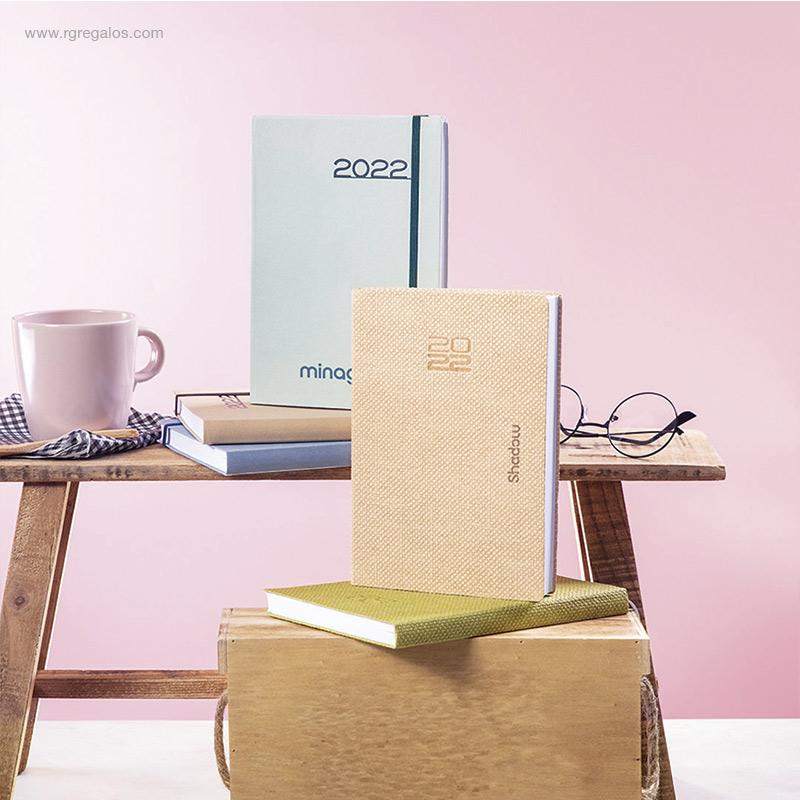 Agenda-2022-cartón-A5-RG-regalos-personalizados